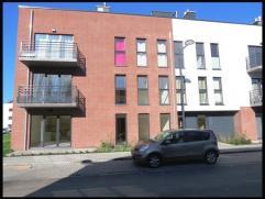 1IERE OCCUPATION - Situé dans un endroit calme et proche de toutes commodités, magnifique appartement de 100 m² hab. au dernier &ea