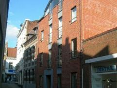 Rue Cantimprêt 7-9. Centre ville, bel appartement de 115m² comp: hall, dressing, salon, salle à manger (40m²), cuis super &eacu
