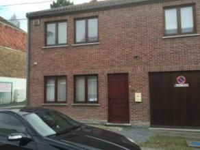 Mons rue Emile Vandervelde 134. Maison 3 façades en parfait, état rénovée en 2012 comp : séjour/sàm, cuis. &