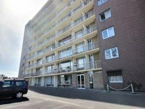 Mons Parc de la Salonnière 10/8, bel appartement rénové comprenant : hall d'entrée, débarras, séjour avec cu