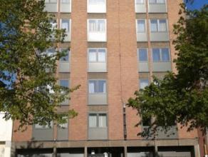 Place P-J Duménil 7, 7000 Mons 5ème étage , Bel appartement très lumineux (75m²) centre ville proche des commerces et