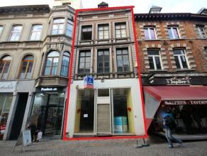 Mons rue de la Chaussée 54, immeuble commercial comprenant : REZ: 130m² avec beaux étalages ( 2 grandes vitrines)+ étage &ag