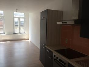 Mons rue de la Petite Guirlande 26B, bel appartement moderne (+/- 60m²), idélalement situé dans le centre ville de Mons, proche des