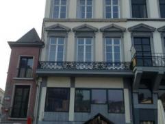Mons, rue de la Clé 4A, très bel appartement moderne, lumineux et meublé.Idéalement situé - avec vue sur la Grand P
