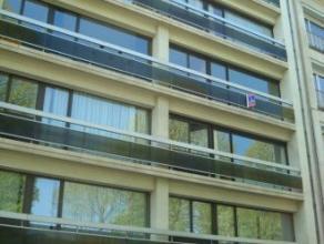 """Mons,Bd Kennedy,69 très bel appartement de +/- 90m² situé au 3ème étage de la résidence """"De Brissy"""" comp.: cav"""
