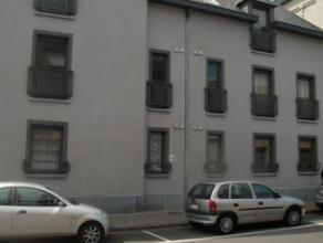 Mons rue de Bouzanton 13, très beaux appartements situés dans le centre ville de Mons et proches de la gare comprenant chacun: hall, bua