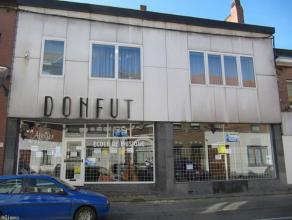 Adresse : Rue Général Léman, 68  Surface commerciale au sein d'une rue commerçante.Située au rez-de-chaussée