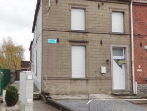 Jemappes ? Avenue Demerbes 123 Maison rénovée 2 à 4 chambres avec cour et jardin. Située dans une voie sans issue, &agrave