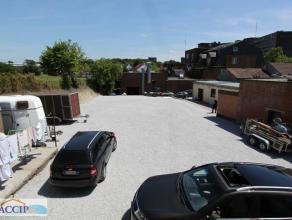 Emplacement de parking à louer Situé à la Rue de longtain 103,proche des hopitaux,du centre et des immeubles de standing : Il nou