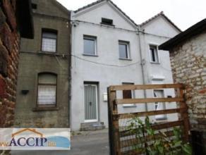 Jolie maison 2 chambres avec jardin et cour à Strépy-Bracquegnies Située à quelques mètres de la gare, des arr&ecir