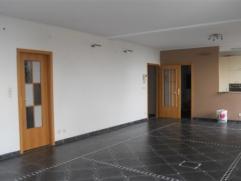 Magnifique penthouse de 150 m² avec une vue panoramique imprenable sur la ville!3 chambres, cuisine entièrement équipée, Cha