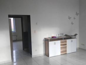 """Appartement 2 chambres de 90m² au 1er étage à La Louvière. Cet appartement se situe dans le site bien connu de """"La Fer"""