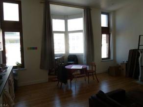Appartement1 chambre de 40m² au1er étage au centre de Charleroi. Cet appartement se situeen plein centre ville. A proxim