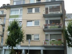 Le bureau CIC vous propose à la location un spacieux appartement situé dans une résidence au centre de La Louvière &