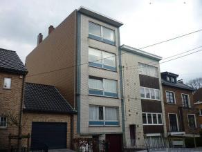 Appartement 2 chambres de 80 m² au3ème étage dans une résidence privéeà La Louvière.A proxi