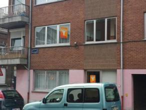 Appartement 2 chambres à La Louvière.Cet appartement se situe à proximité du centre de la Louvière, du centre comme