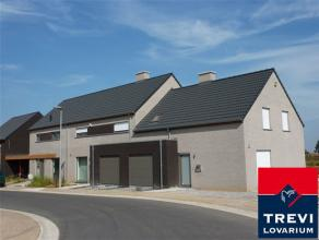 Plateau de Bellecourt nouvelles maisons 3 et 4 chambres. Proche E42 (Mons/Liège) et de la A 501, près gare de Manage. Nbreux services, &