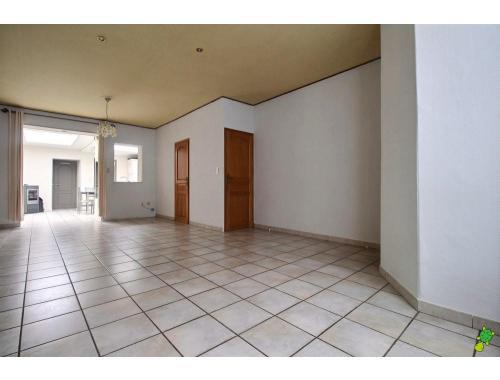 Huis te koop in moeskroen dt40h for Agence immobiliere 056