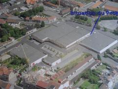 """TERRAIN DE 250 M2 POUR SURFACE COMMERCIALE xmlns=""""http://www.w3.org/1999/xhtml"""" xml:lang=""""en"""" lang=""""en""""> Situé au centre de Mouscron dans un"""