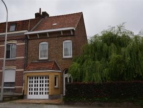 LUINGNE - MAISON AVEC GARAGE & JARDIN A proximité de la Place de Luingne, habitation spacieuse avec jardin et comprenant : hall, salon &amp