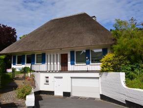 SPACIEUSE VILLA DE CARACTERE Spacieuse villa de caractère idéalement située dans un quartier calme & résidentiel &agra
