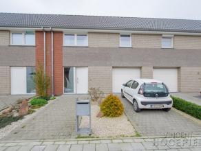 """HERSEAUXRare sur le secteur ! Erigée sur une parcelle de 417 m², cette maison d'habitation """"comme neuve"""" (construction 100 % traditionnell"""