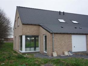 Magnifique maison 3 façades neuve, sur 6 ares de jardin, jamais habitée, belle finitions, avec lumineux living, cuisine équip&eac