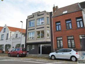 Woning met zicht op de Damse Vaart, op wandelafstand van het Brugse centrum. Mits enkele opfrisssingswerken kan de woning in een handomdraai veranderd