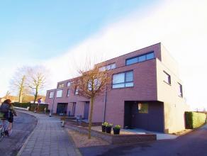 Gezellig en trendy wonen nabij Brugge en haar invalswegen. Deze hedendaagse woning gelegen in Sint Andries, is ideaal als gezinswoning. Deze omvat op