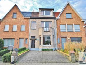 CENTRAAL gelegen en ruime gezinswoning.<br /> De woning omvat een RUIME woonkamer met aansluitende keuken en badkamer. <br /> Op het eerste verdiep zi