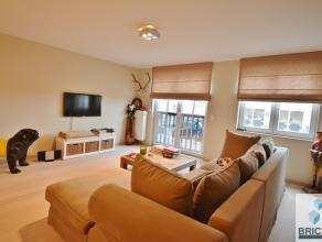 Dit luxueus en ruim appartement in residentie Barcadère omvat ruime woonkamer, ingerichte open keuken, berging, gastentoilet, inkomhal met vest