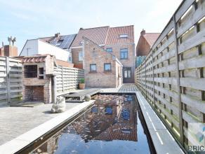 Deze met smaak vernieuwde woning is gelegen op een boogscheut van het centrum Brugge en werd gerenoveerd met oog voor detail<br /> en aandacht voor au