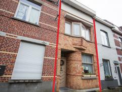 Deze gezellige woning ligt op een boogscheut van het Gebroeders van Raemdonckpark, op 8 min rijden met de fiets van centrum Kortrijk.  De woning is