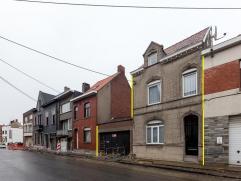 Deze statige en goed onderhouden herenwoning gelegen op een steenworp van het station.   De woning en loods (ca. 400m²) zijn gelegen op een per