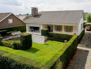 Deze ruime villa is rustig gelegen aan het Sterrebos te Rumbeke. Met o.a. zijn 5 kamers, 2 badkamers en uitstekende ligging heeft de villa alles wat u