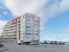 Gezellig instapklaar appartement gelegen op de zevende verdieping in de verzorgde residentie 'Zeezicht' vlakbij de zeedijk van Oostende.   Het appar