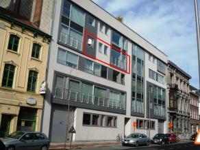 Dit appartement is gelegen in residentie De Citadel in het centrum van Kortrijk. Het ligt op de derde verdieping en is voorzien van alle wooncomfort.