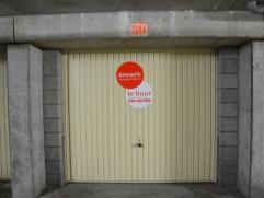 Ondergrondse garagebox (nr.31) met plaats voor 1 wagen.  Lengte: 5,30 m Hoogte: 1,90 m Breedte poort: 2,20 m  - Huurprijs: € 102,00