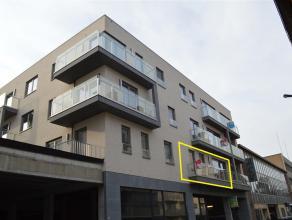 Nieuwbouwappartement in centrum Roeselare Gelegen in de Henri Horriestraat  Het appartement heeft volgende indeling: inkom, apart toilet met handw