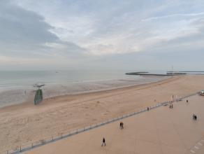 Appartement gelegen op de Albert I-Promenade van Oostende. Vlakbij het casino.  Vanuit de ruime leefruimte hebt u een fantastisch frontaal zeezicht.