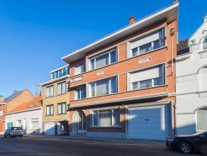 Prachtig, statig herenhuis in hartje Roeselare op ca. 644 m². Deze woning heeft een unieke ligging en biedt tal van mogelijkheden. De woning wer