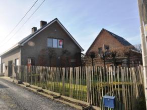 Landelijk gelegen woning met 3/4 slaapkamers en mogelijkheid tot huren paardenstallen. Gelegen op een goede verbindingsweg nabij het centrum van Rudde