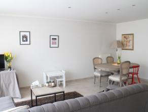 """Recent appartement op de eerste verdieping in residentie """"Ten akker"""" met 2 slaapkamers gelegen op Sint-Elisabeth.   Indeling :  Inkom met vestiair"""