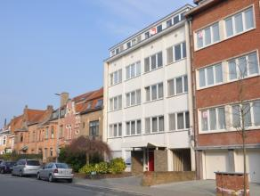 Instapklaar appartement op de 3de verdieping met twee slaapkamers en terras. Het appartement is gelegen vlakbij het Graaf Visartpark en op wandelafsta