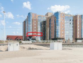 Dit zeer ruime appartement is gelegen in de gekende Residentie Hydro Palace te Mariakerke. Dankzij de unieke ligging langs de zeedijk geniet men vanui