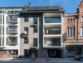 Dit kleinschalig nieuwbouwproject is centraal gelegen in Oostende op 300m van 'Petit Paris' en enkele minuten wandelen van de zeedijk.  Het gebouw t