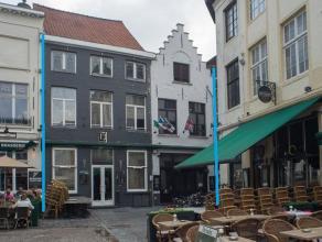 Overname van een horeca-exploitatie in het volle centrum van Brugge. (dubbele zaak: enerzijds pub-exploitatie en anderzijds sportcafé-danscaf&