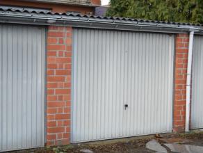 4 garageboxen te koop nabij centrum Roeselare. Op wandelafstand van het station. Mogelijkheid tot aankopen van 1 (of meerdere) garagebox(en).