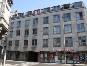 Deze zeer centraal gelegen studio van 17 m² in residentie Ter hulst is  gelegen op een boogscheut van het historisch centrum en in de directe nab