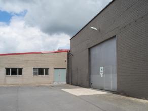 Bedrijfsgebouw (708m²), bestaande uit loods (504m²) en kantoor (204m²).  Indeling: - Loods (504m² - 28m x 18m):  - Kantoor (20